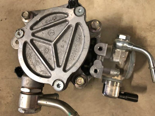 Топливный насос высокого давления ТНВД PE07-18G00 Mazda CX-5,Mazda 6,Mazda 3